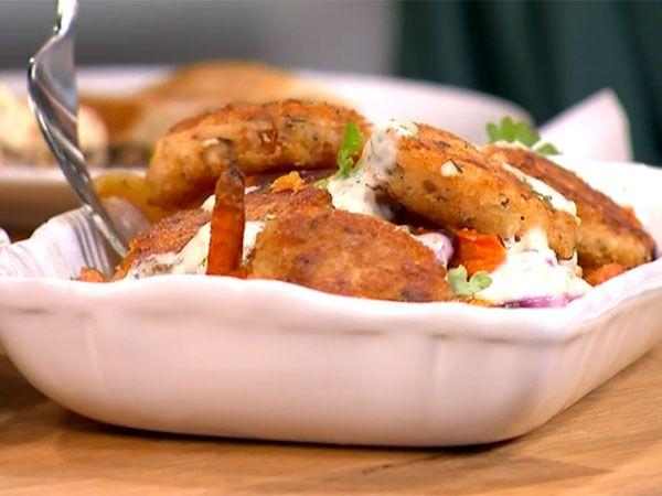 Bönkroketter med rostade morötter och vitlökskräm | Recept.nu