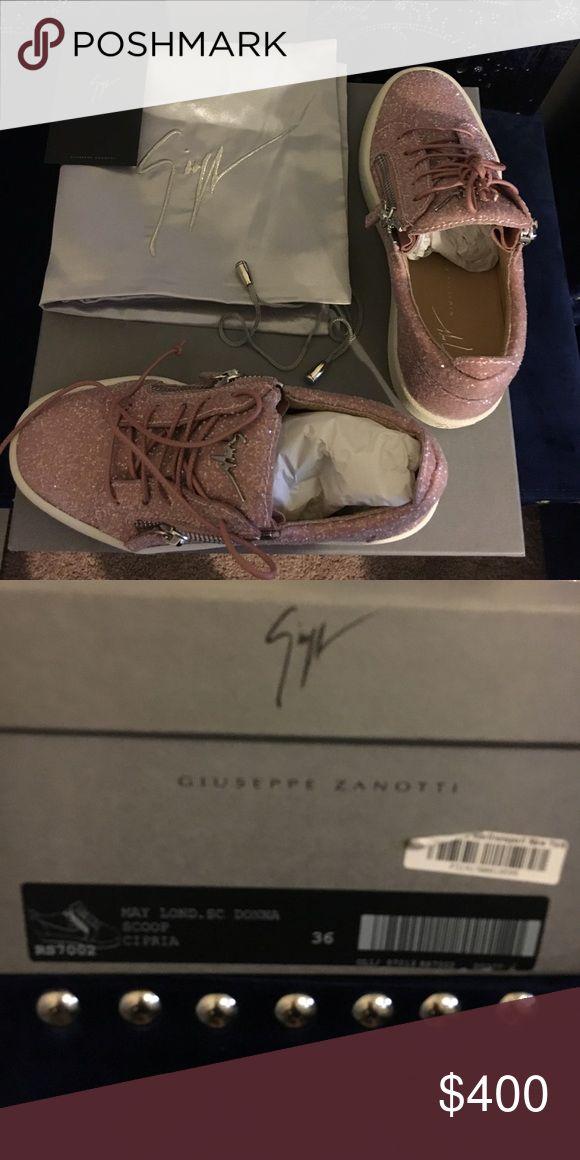 Giuseppe Zanotti sneaker size 36 Cheryl Glitter Giuseppe Zanotti Authentic sneaker size 36 Giuseppe Zanotti Shoes Sneakers