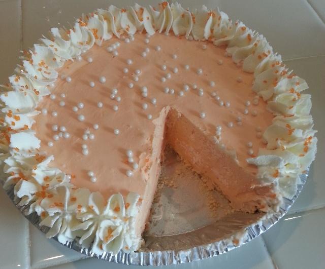 ... ORANGE CREAMSICLE PIE (Frozen Orange and Cream Pie) | pie | Pinterest