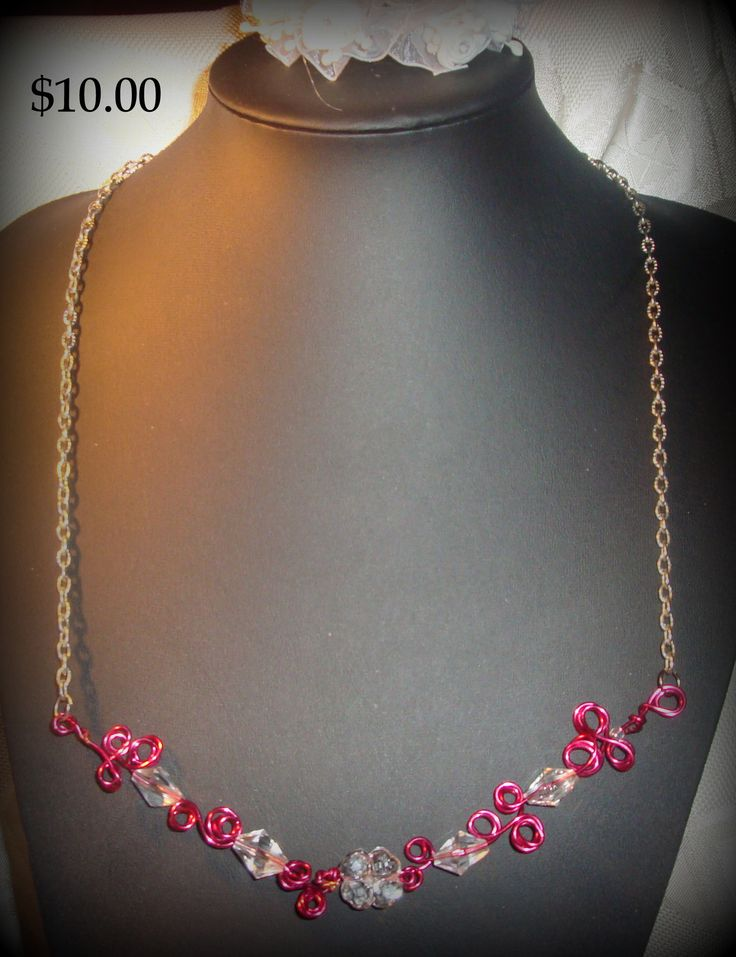 collier chaines rouge