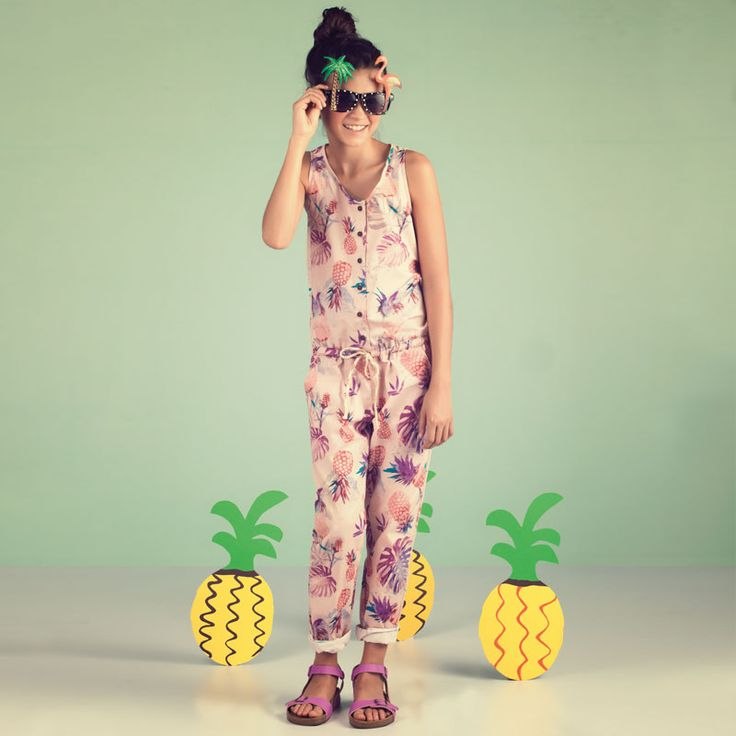 Pineapple look #Summer #OFFCORSS #FashionKids #AlohaSummer