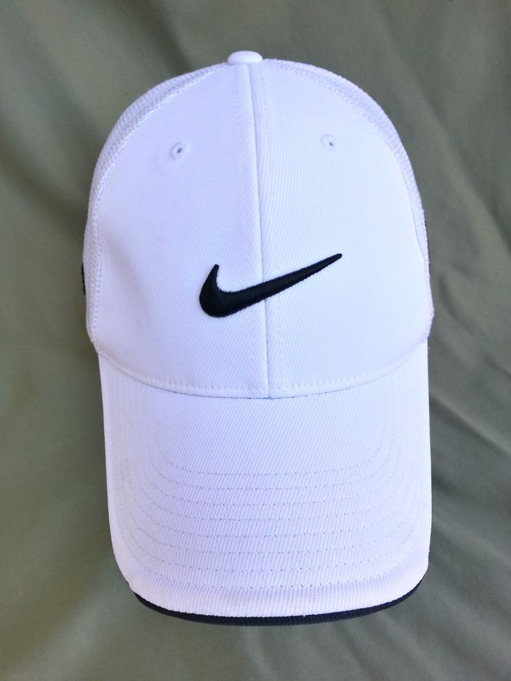 White + Black Nike cap ♡ • Pin// Slaythem • ♡