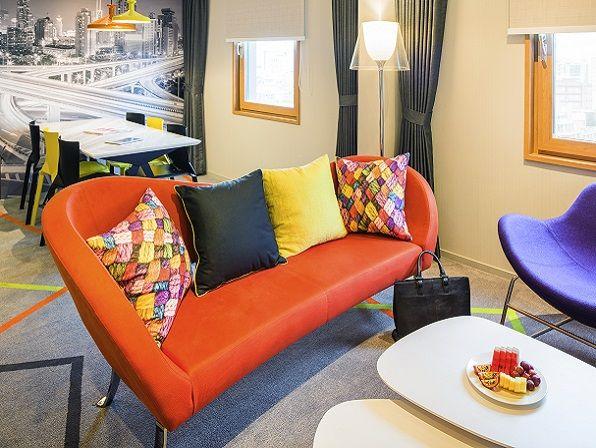 이비스 스타일 앰배서더 서울 강남 호텔 / 슈페리어 스위트 룸 / ibis Styles Ambassdor Seoul Gangnam Hotel / Superior Suite Room / 예쁜 인테리어