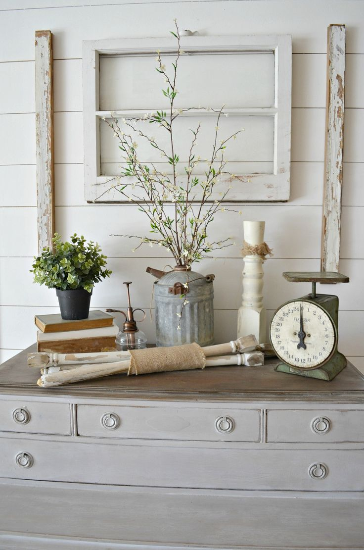 4 Reasons to Decorate with Old Windows Farmhouse Decor