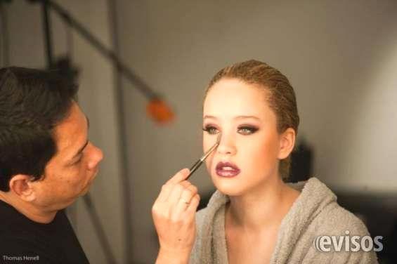 MAQUILLAJE A DOMICILIO Deslumbren en su evento con los servicios profesionales que les ofrece Cesar Makeup. Una empresa que ... http://palermo.evisos.com.ar/maquillaje-a-domicilio-id-966438