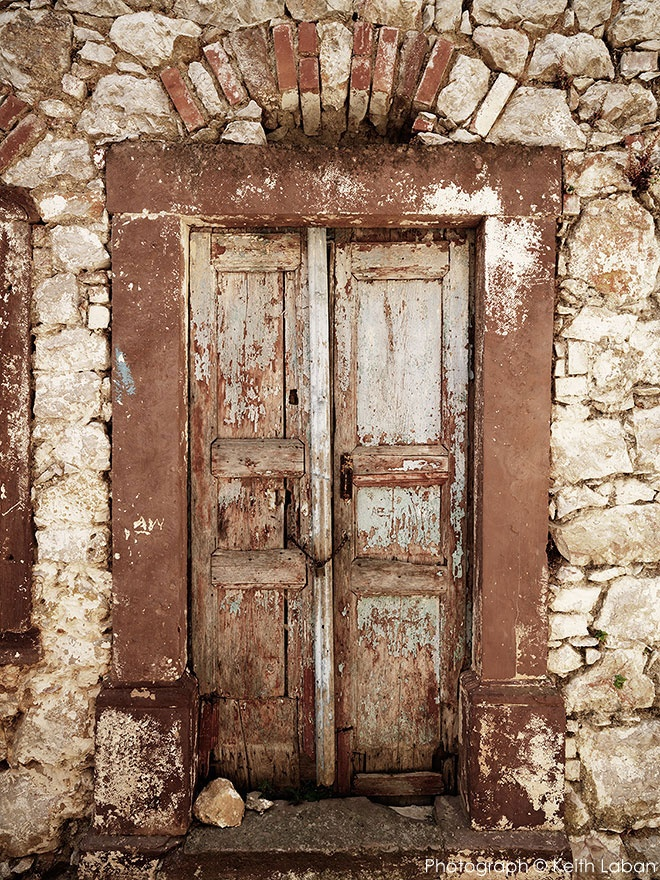 Agios Georgios Sikousis, Chios  Photograph © Keith Laban