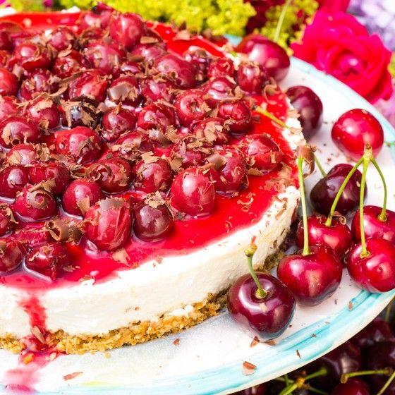 Landleven - Cheesecake met kersensaus