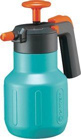 Gardena 814-U 42-Ounce Comfort Pressure Sprayer by Gardena. $27.46. Spray nozzle fully adjustable from hard jet to fine mist. Ergonomic pump and handle grip with optimal shock absorption during pumping. Quality product with a quality brand name. With safety valve and level indicator. Holds up to 42-ounce. Universal Pressure Sprayer for home and garden