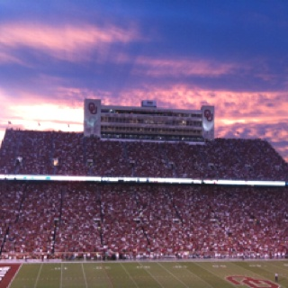 OU Football <3 it :)!!! Born and raised an OKIE!!