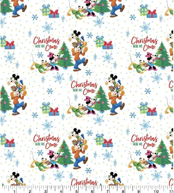 Brand New Christmas Disney Mickey /& Mionnie Mouse Fabric