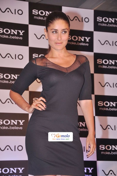 Bollywood Actress Kareena Kapoor | Unveils Sony Vaio new range at Juhu in Mumbai