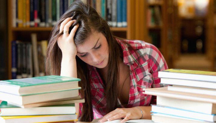 'Schuldenvrij afstuderen steeds lastiger' - Apeldoorn