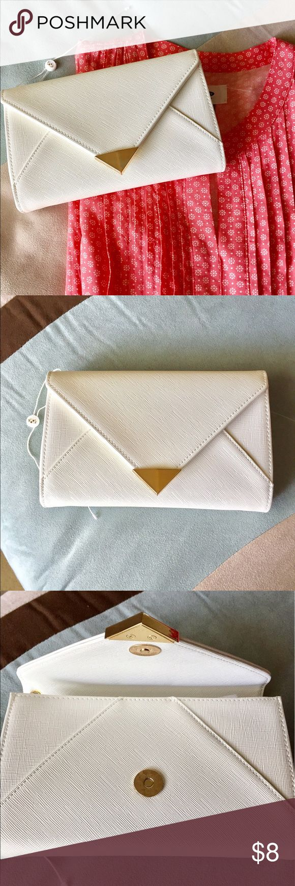 NWOT white clutch/wristlet NEW super cute clutch/wristlet, white faux leather, goes with every outfit, excellent for summer!! Various compartments. Offers welcome!! Urban Bags Clutches & Wristlets