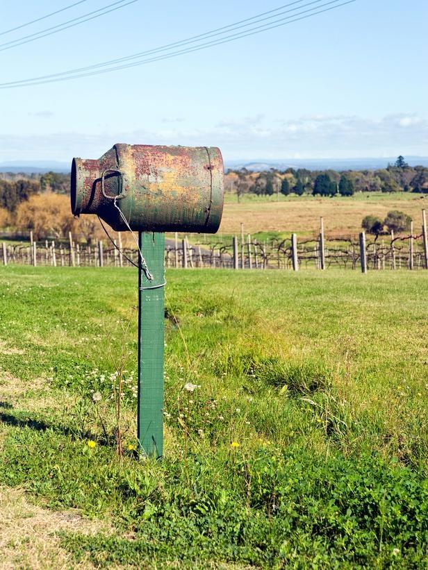 rustic mailbox//love it