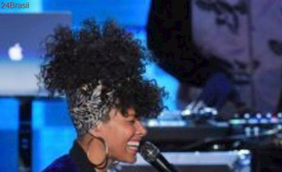 Cantora Alicia Keys é homenageada pela Anistia Internacional