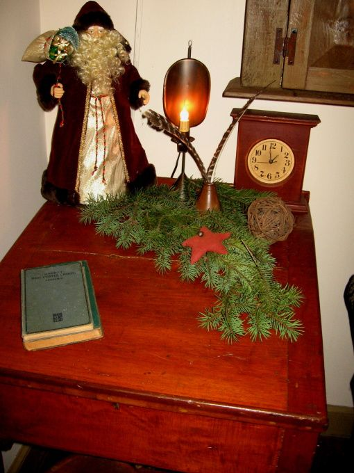 The 117 best primitive christmas images on Pinterest   Merry     primitive christmas decorating