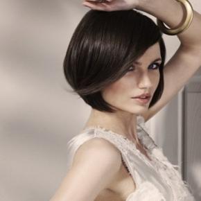 taglio-di-capelli-medio-per-viso-quadrato_439771.jpg (290×290)