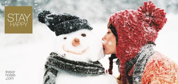 #Christmas, #Love, #Hug, #Kiss, #Family,#Magic,are todays'keywords!Merry Christmas!