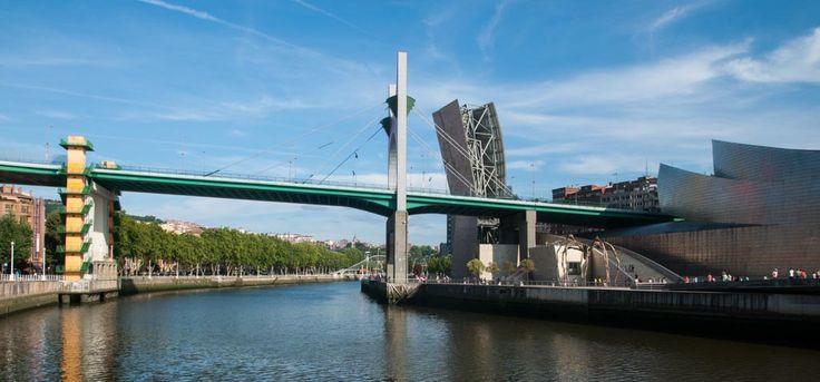 EL MUSEO GUGGENHEIM DE BILBAO #Guggenheim #Bilbao #dosmaletas http://www.dosmaletas.com/2015/06/el-museo-guggenheim-de-bilbao.html