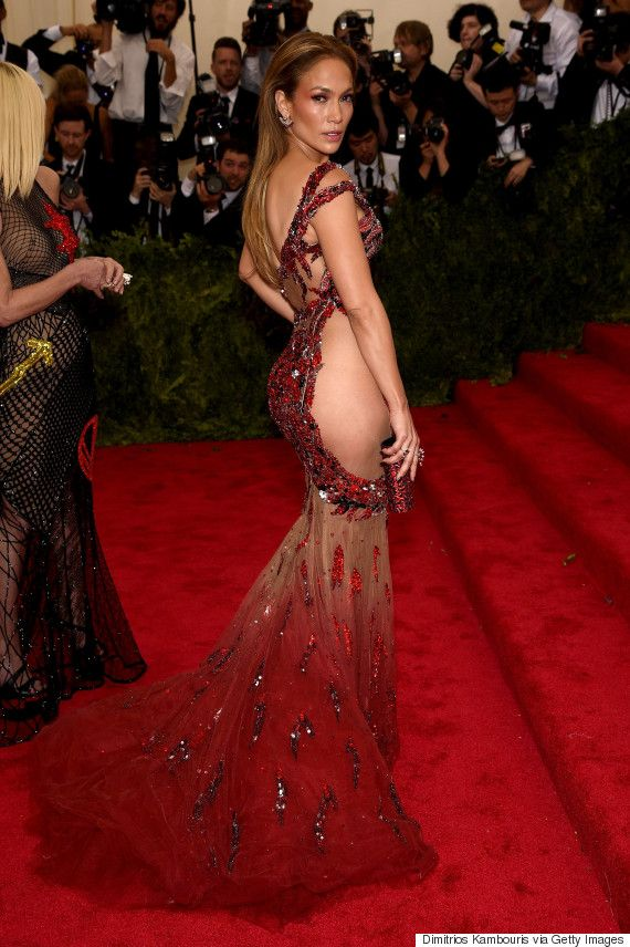 Jennifer Lopez stuns in sheer red Versace at the 2015 Met Gala