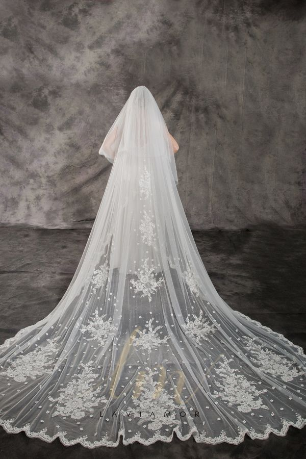 Luxury Two Tier 3d Lace Flower And Crystal Cathedral Bridal Veil Tsdz047 Cathedral Bridal Veils Cathedral Veil Lace Cathedral Veil