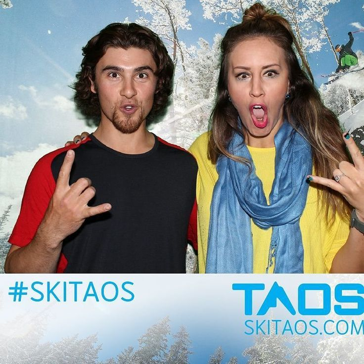 Having fun at Sports Systems for their ski pass give away and big sale!!Ski Taos is amazing! #skitaos #lovesnow #snowboarding #unmski #greenscreen #mountains #ski #sale #customerservice #interactive #corporate #taos #abq #shutterbooth #photobooth
