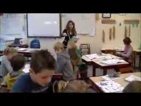 Juf Esther gebruikt in haar spellingles achttien verschillende technieken.