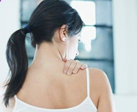"""An aching shoulder may not signal a shoulder problem. And a sore neck may not indicate a neck problem. """"People may come in with shoulder pain when they reall"""