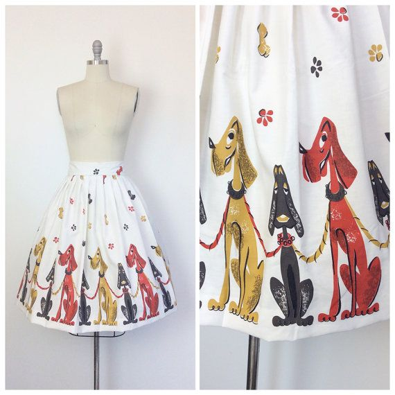 50s Dogs Novelty Print Skirt / 1950s Vintage Border Print Puppys on Leashes Cotton Skirt