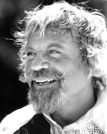 Invite: Oliver Reed.  Everyone's favourite (very talented) degenerate. Let's start this BBQ in style.