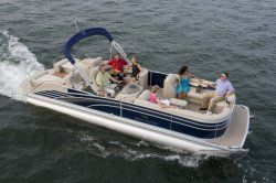 New 2013 - Bennington Boats - 2575 RCW I/O Sport Tower