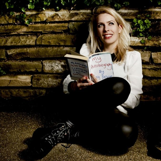 Sara Pascoe - She's cool, and a really funny comedian