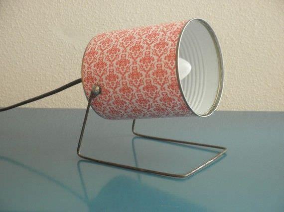 Casa de ideias e decoração: Luminária feita com lata de leite em pó