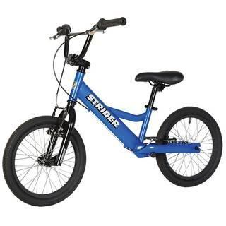 """Strider 16"""" Sport (синий)  — 18200р. --------------------------- Беговел Strider 16"""" Sport (синий) оптимален для тех, кто только учится кататься на велосипеде, для детей с особыми потребностями и для райдеров, совершенствующих свое мастерство в экстремальном катании на беговеле. Максимальную безопасность обеспечивают 2 ручных тормоза на каждое колесо - """"V""""-Brake. Руль имеет низкий вынос, который регулируется по высоте и углу наклона. Дополнительная перекладина руля и двойное соединение…"""