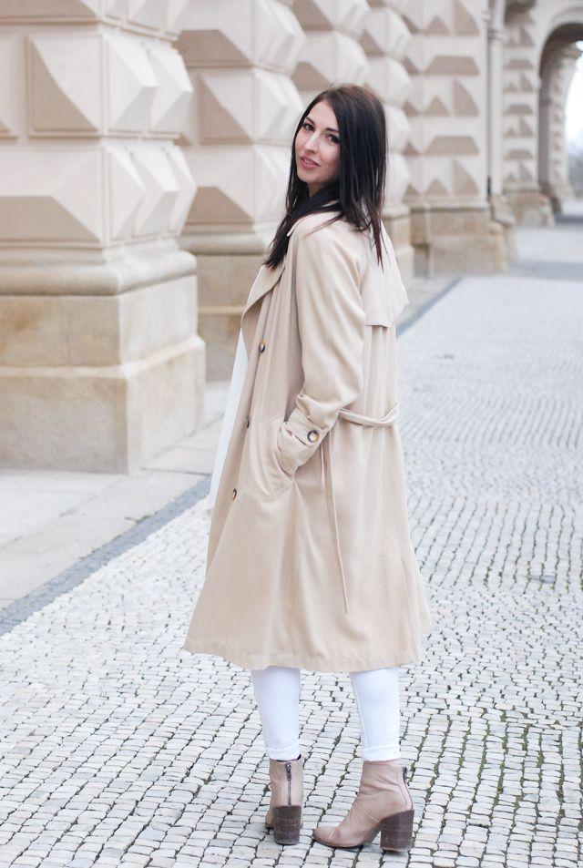beige trech coat