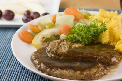 Amazing Salisbury Steak recipe for your George Foreman Grill. Incredibly easy and unbelievably delicious!