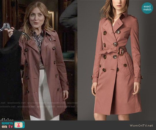 Maura's pink trench coat on Rizzoli and Isles. Outfit Details: https://wornontv.net/58584/ #RizzoliandIsles