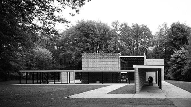 """Rietveld Pavilion"" in Sonsbeek Park, Arnhem Netherlands by Gerriet Rietveld"