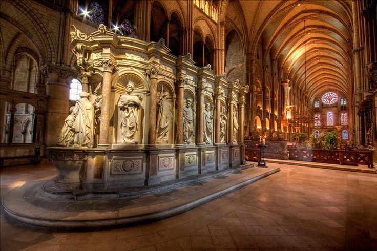 Базилика Сен-Реми в Реймсе  Базилика святого Ремиглия (Basilique Saint-Remi)