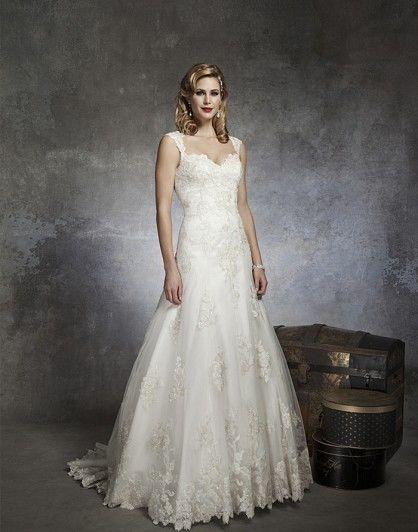 Justin Alexander, 8653 Lace Size 16 Wedding Dress For Sale | Still White