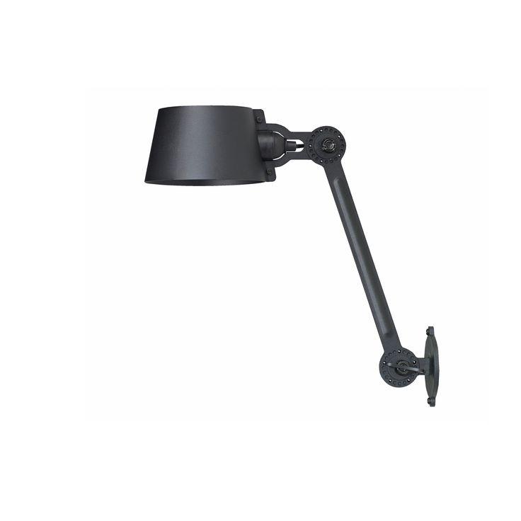 De Tonone Bolt bed lamp is een uniek ontwerp door Anton de Groof. De hele collectie wordt in Nederland geproduceerd en zijn verkrijgbaar in 7 verschillende kleuren.