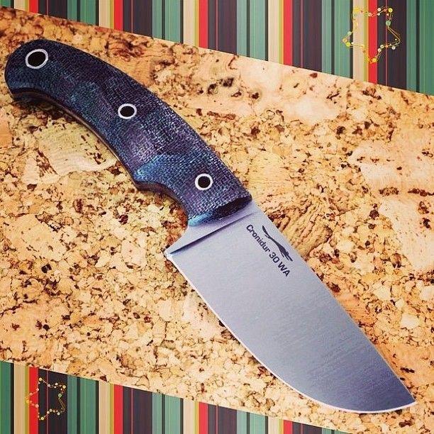 """Нож """"Шихан"""". Универсальный городской нож - широкие спуски, отличный рез и укол. #knives #knifeporn #edc #wolfage #ножи #волчийвек #ножевойбой #городскойнож"""