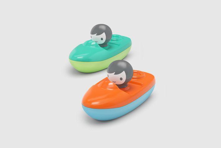 Mini speedboat   grey background hq 710 303x26x4592x3070