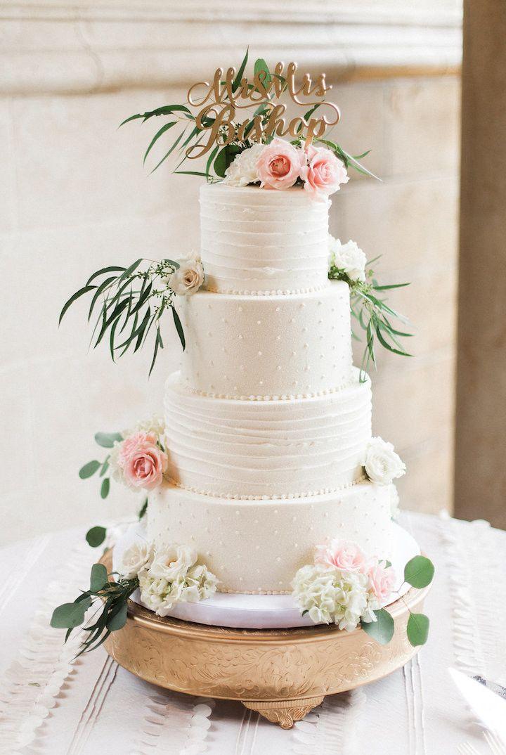 Wedding cake idea; photo: Tracy Enoch Photography