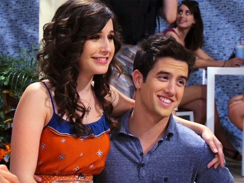 Erin Sanders with ex-boyfriend Logan Henderson