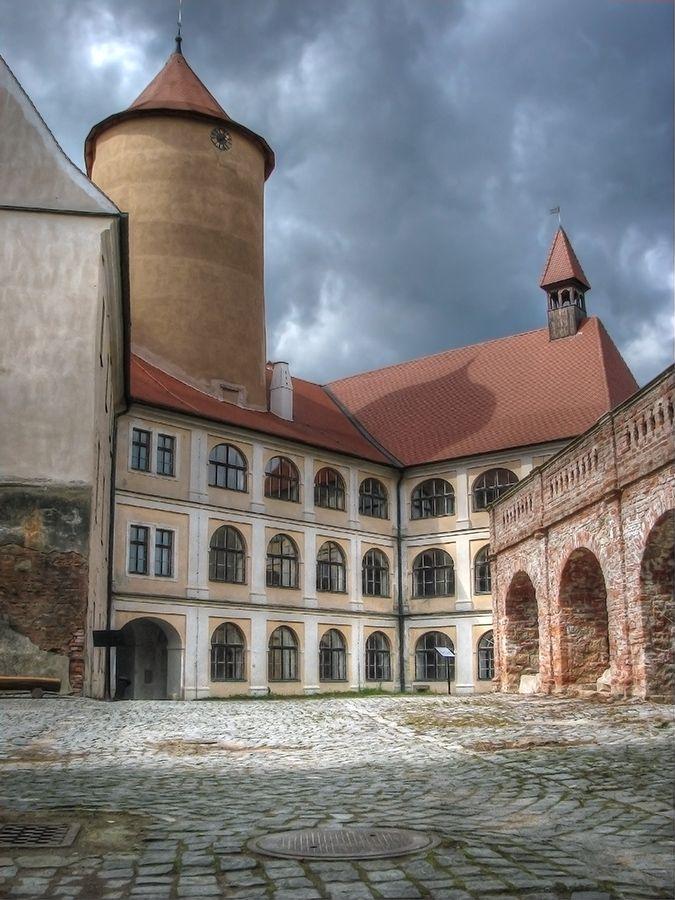 hrad/castle  Veveří