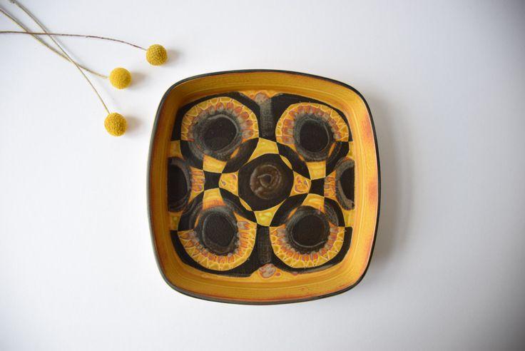 Royal Copenhagen big tray flower / circle decor by danishmood