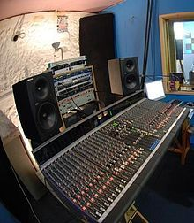 Recording studio - Wikipedia, the free encyclopedia