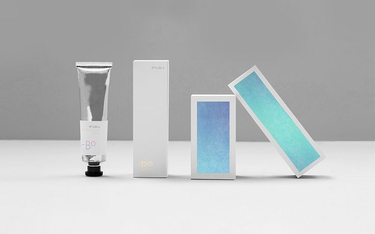 Borealica brand identity and holographic foil packaging Anagrama.