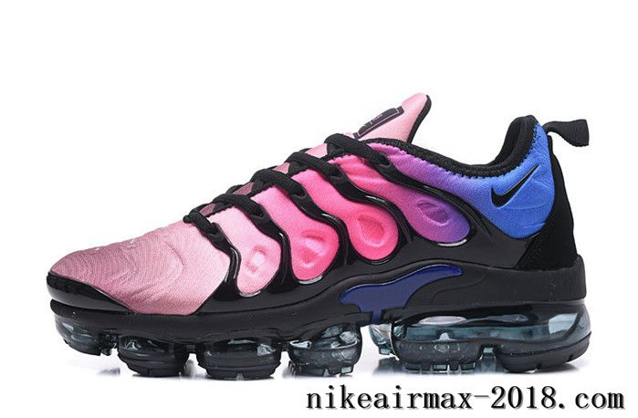 black pink and green vapormax plus